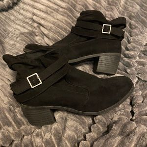 *2/$30* American Eagle Suede Ankle Boots